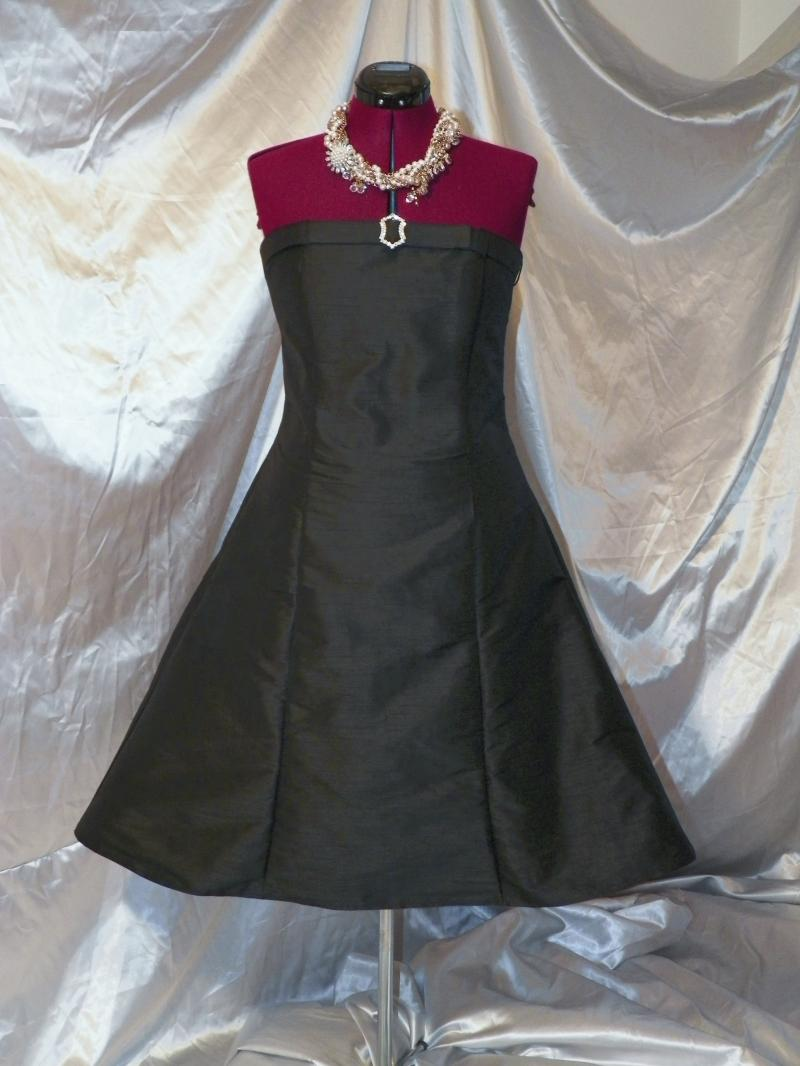 cocktail dresses for boutiques or individuals, one unit or a hundred units.